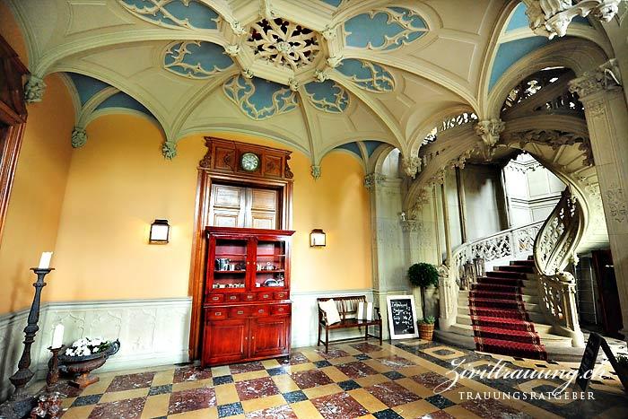 Schloss Schadau, entrance hall