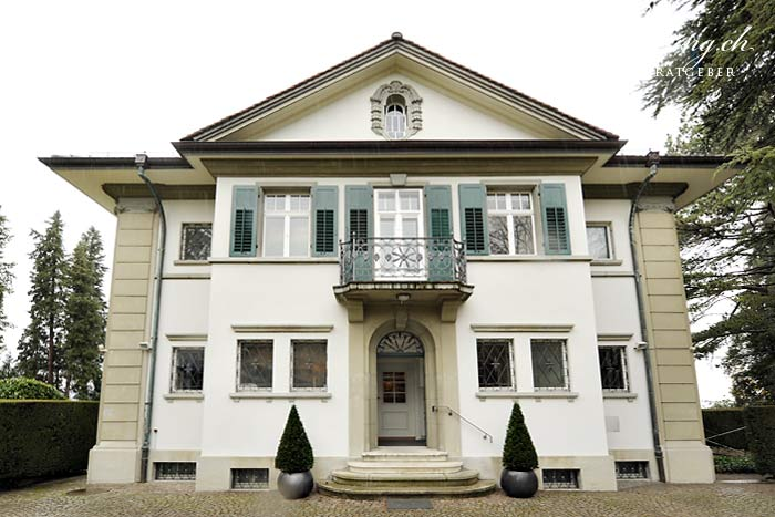 Front view of the Villa Meier-Severini. The Lake of Zurich lies on the rear